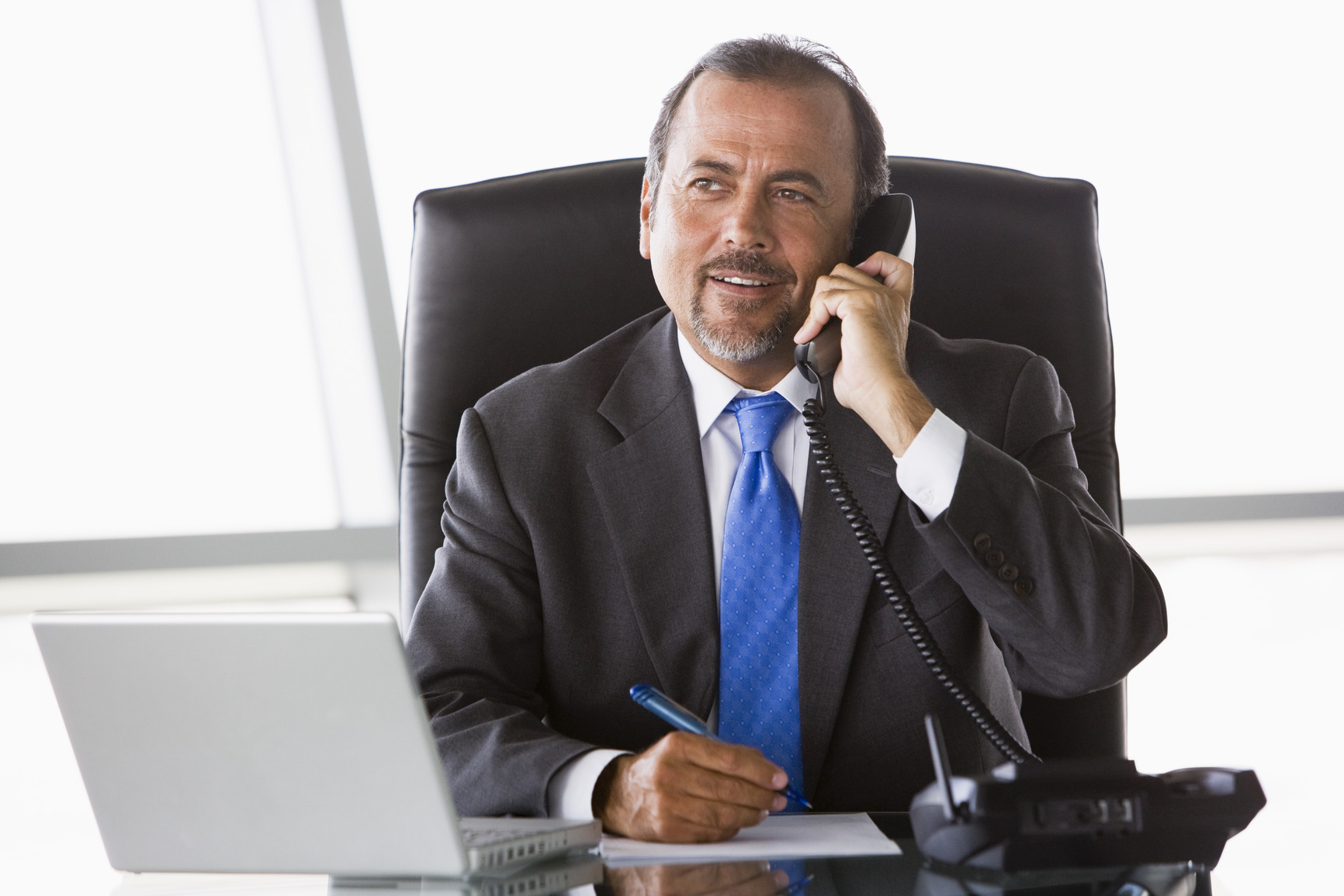 5 Ways To Win With Your Next Introductory Sales Call