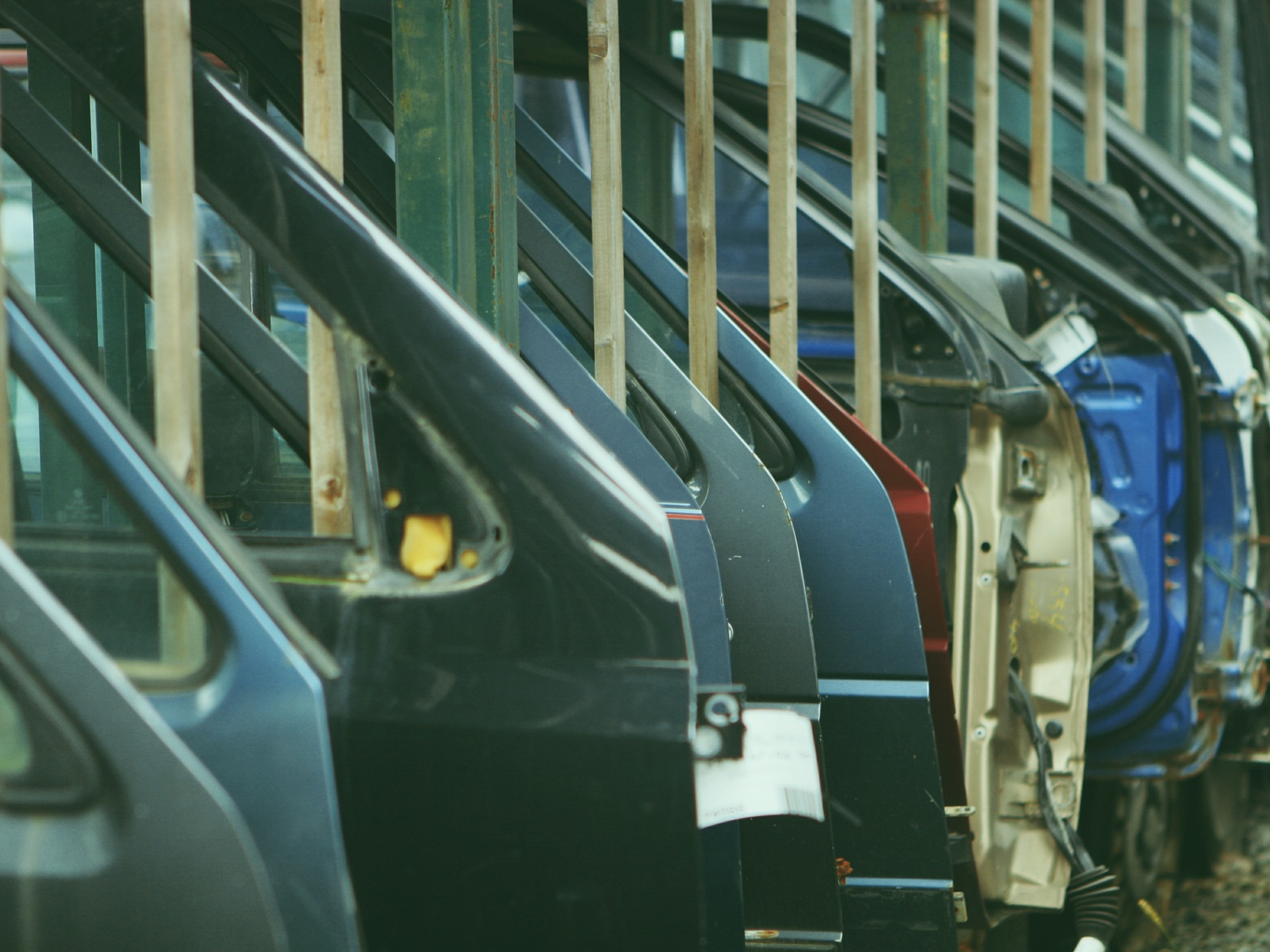 Automotive Supply Chain Management Solutions to Save Time and Money